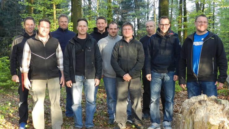 Das erste Projekt im Blick: Mitglieder des VFH am Grillplatz Weid
