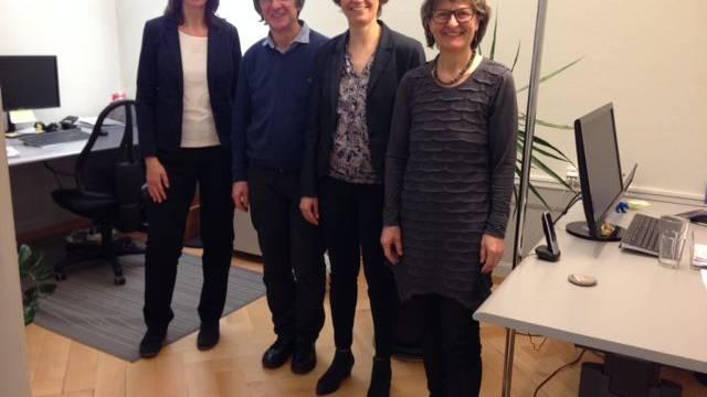 Der scheidende und die neue Präsidentin zwischen dem Vorstandsmitglied Bea Binder-Koch aus Uezwil (links) und der Geschäftsleiterin Alice Liechti-Wagner.