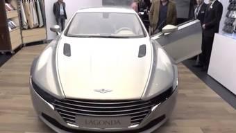 Am Autosalon in Genf gibt es für Geld fast alles. Oft sind die wahren Luxusgüter im inneren der Stände und vor der breiten Öffentlichkeit abgeschirmt. Wer gegen eine Million Franken für ein Auto zahlt, will meist nicht gestört werden.
