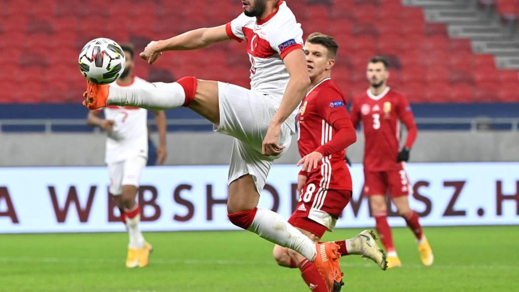 Auch der türkische Offensiv-Star Hakan Calhanoglu verlässt Milan wohl ablösefrei