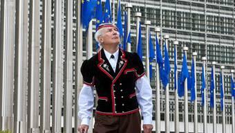 Ein Schweizer in der Fremde: Brüssel bleibt den Eidgenossen mehr als suspekt. MARTIN RüeTSCHI/Keystone