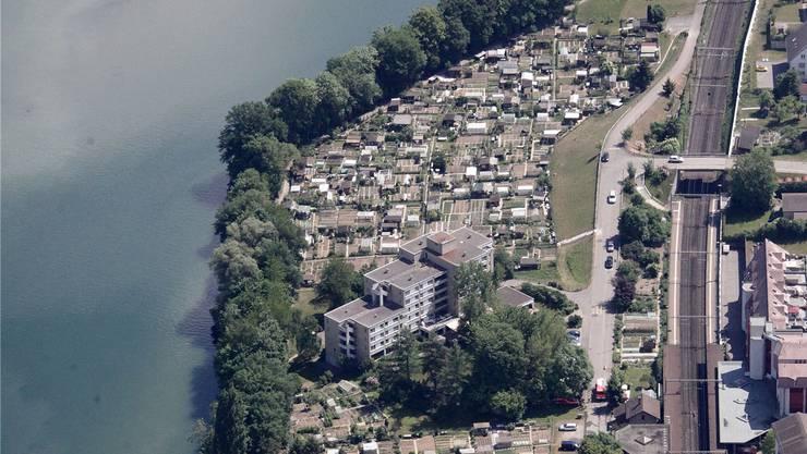 Die Gemeinde Neuenhof aus der Luftperspektive.