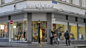 Die Musik Hug Filiale in Basel wird wie geplant geschlossen