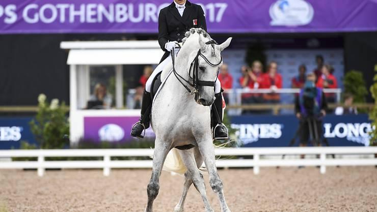 Harmonie zwischen Reiterin und Pferd. Anna-Mengia Aerne liefert mit Raffaelo va Bene eine feine Leistung ab.