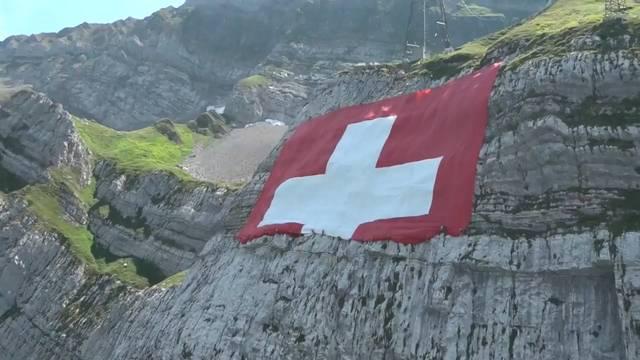 Hält dieses Jahr die Schweizer Fahne am Säntis?