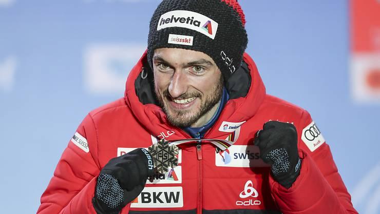 Sorgte an der Nordisch-WM in Seefeld für den Höhepunkt aus Schweizer Sicht: Skispringer Killian Peier mit seiner Bronzemedaille von der Grossschanze
