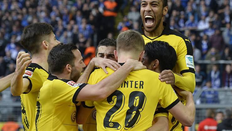 Die Dortmunder freuen sich über da 1:0 von Shinji Kagawa