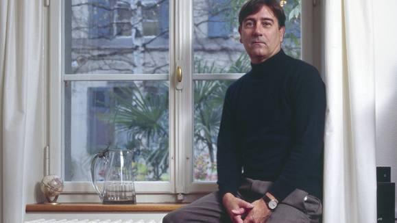 """Alain Claude Sulzer wird von der Basler Regierung als """"bedeutenden Basler Autor mit internationaler Ausstrahlung"""" gewürdigt."""