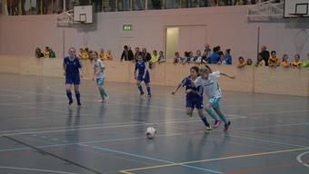 Wie hier am Bellini-Cup in Schlieren werden dieses Jahr auch am Bolliger-Cup Mädchen um Punkte kämpfen.