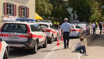 Bei einem Bergrennen in Steckborn (TG) wurden am Sonntagmittag wegen einer Bombendrohung 300 Leute evakuiert. Die Polizei gibt mittlerweile Entwarnung.