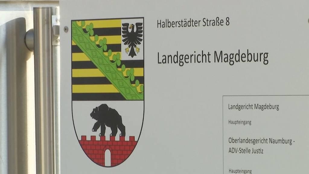 Halle-Attentäter muss in Handschellen und Fussfesseln zum Prozess
