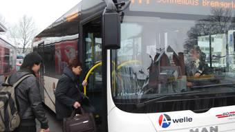 Bei Stau kann der Schnellbus nun über Wollishofen fahren – so wird die Verspätung minimiert. sl/archiv