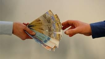 Die Stadt Dietikon würde durch den Gegenvorschlag des Kantonsrats rund 5 Millionen Franken sparen, meint Rosmarie Joss (SP).