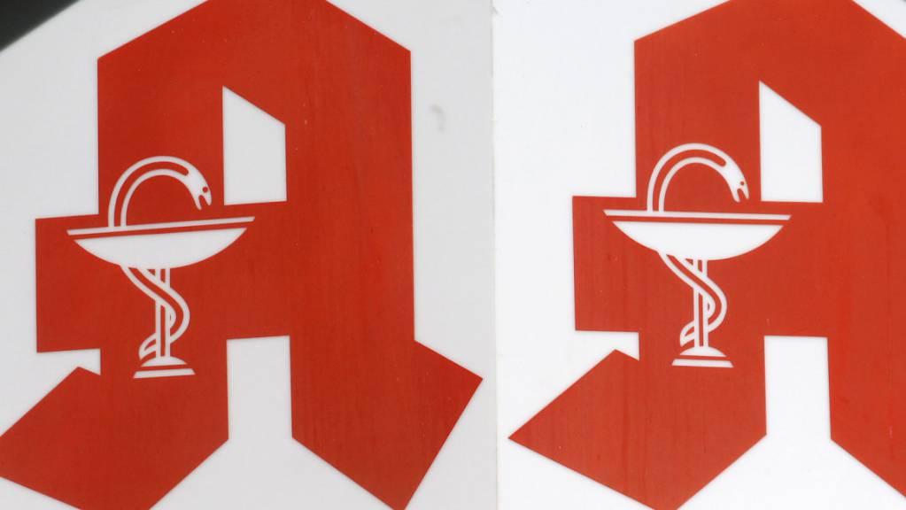 Nach zwei Todesfällen durch eine vergiftete Arznei haben die Behörden die sofortige Schliessung von drei Apotheken in Köln angeordnet. (Symbolbild)