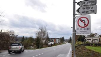 Diese Woche ist das Verkehrsschild an der Zurzacherstrasse montiert worden.