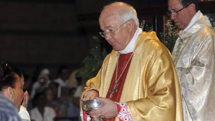Josef Wesolowski, der 65-jährigen Erzbischof, wurde seines Amtes enthoben.