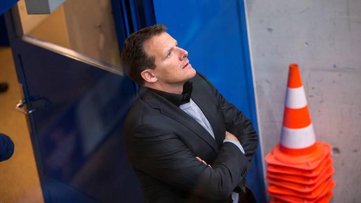 Die Baustelle EHC Kloten ist für Kevin Schläpfer erledigt: Beim Abstiegskandidaten wurde der Cheftrainer am Donnerstagmorgen suspendiert.
