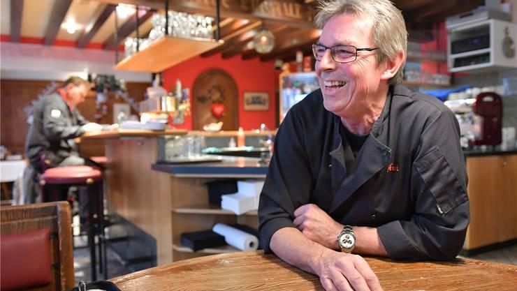 Hubert Müller, seit 1979 Wirt der Alten Mühle, legt im März seine Kochjacke beiseite. Das Haus ist verkauft.