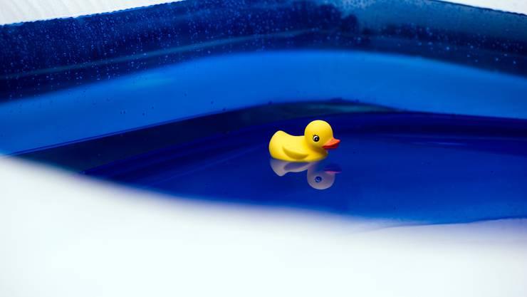 Der Badeunfall ereignete sich in einem privaten Swimmingpool. (Symbolbild)