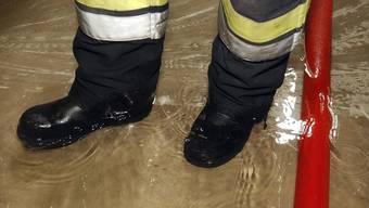 In zahlreichen Solothurner Gemeinden kam es infolge Starkregens zu Wassereinbrüchen. (Themenbild)