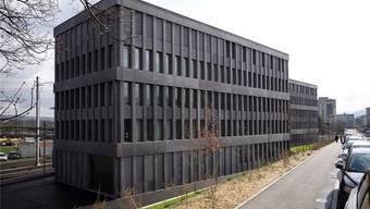 Gefährlicher Arbeitsplatz? Das neue Baselbieter Strafjustizzentrum in Muttenz.