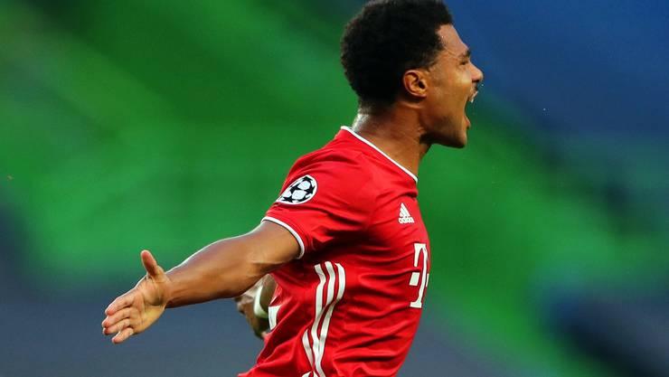 Serge Gnabry bejubelt sein Tor zum 1:0 für Bayern München.