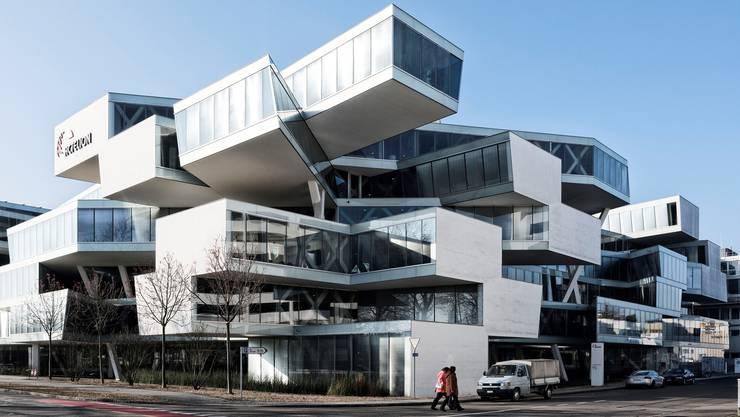 Der spektakuläre Hauptsitz von Actelion in Allschwil, gebaut von den Basler Architekten Herzog & de Meuron.