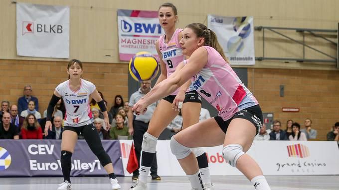 Die Sm'Aesch-Spielerinnen liessen Volley Toggenburg nicht den Hauch einer Chance. (Archiv)