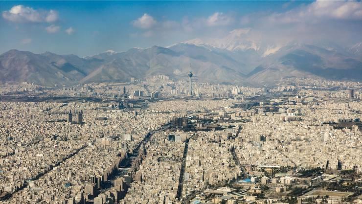 Die Valiasr-Strasse ist das Rückgrat Teherans. An ihr und ihren Seitenstrassen spielt «Stadt der Lügen».Thinkstock