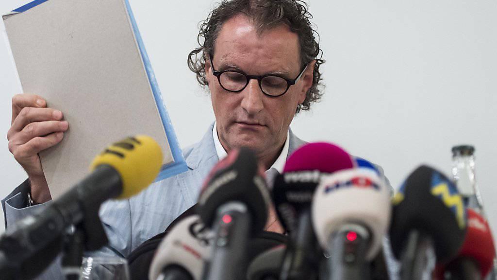 Geri Müller an einer Medienkonferenz vom 19. August 2014, nachdem die Medien über seinen privaten Sex-Chat berichtet hatten.