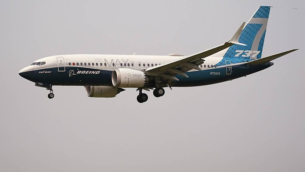 Die Verbesserungen am Flugzeugtyp erfüllen nach Ansicht der EU-Luftfahrtbehörde die Anforderungen an die Flugsicherheit. (Archivbild)