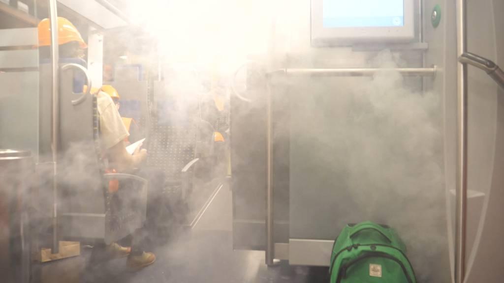 Feuer im Zug: SBB probt den Notfall im Ceneri