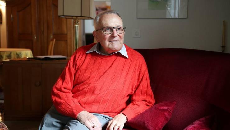 Ernst Ostertag (89) kämpft seit über sechzig Jahren für die Rechte von Homosexuellen. (Bildquelle: watson)