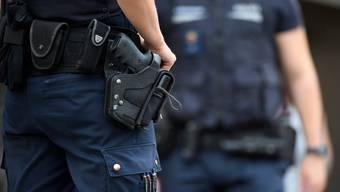 Am späten Freitag Abend kam es bei einem Einsatz der Kantonspolizei Thurgau zu einer Schussabgabe durch einen Polizisten. Verletzt wurde niemand.