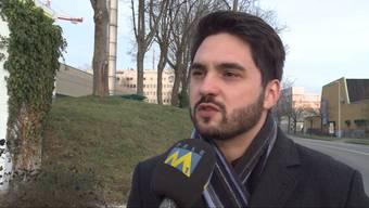 Der Gemeindeammann von Oberwil-Lieli weibelte mit anonymen Flyern gegen die Aufnahme von Asylbewerbern. Der SVP-Hardliner dafür nicht nur in Oberwil-Lieli harsche Kritik.