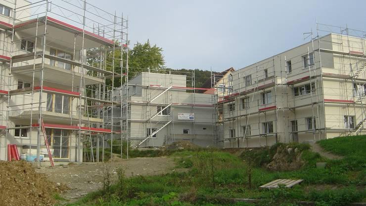 Die ersten Wohnungen in der Überbauung Bahnhofstrasse in Zeihen sind schon bald bezugsbereit. kpf