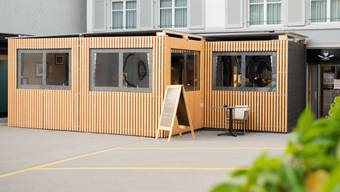 Restaurants im Kanton Solothurn sollen bis Ende April 2021 zusätzlichen öffentlichen Raum zum Wirten belegen. (Themenbild)