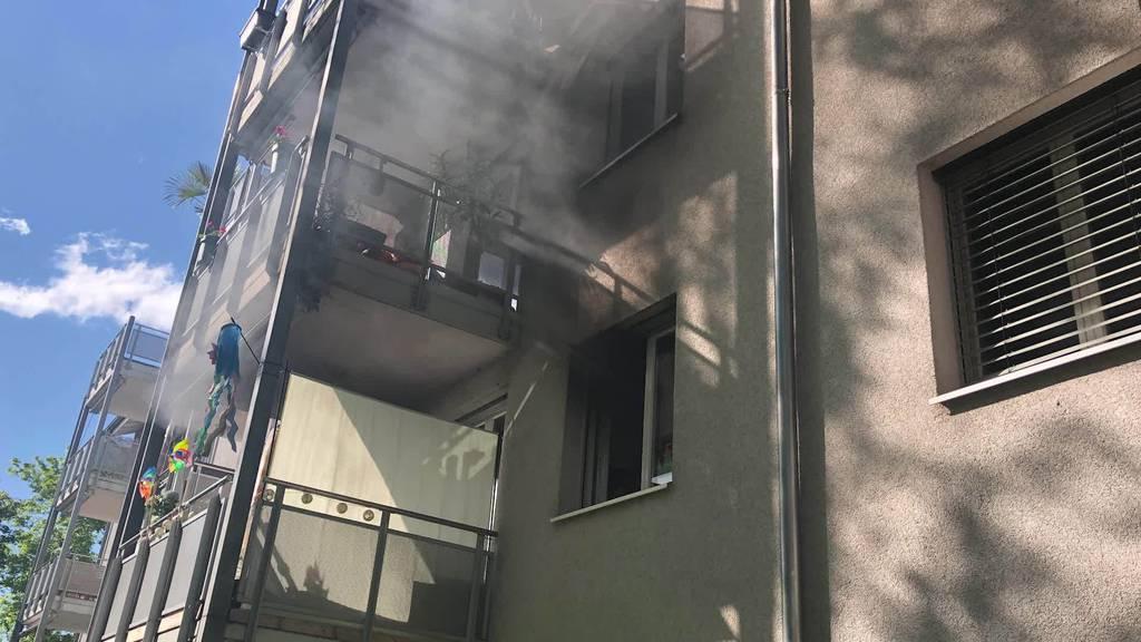 Kurznachrichten: Wohnungsbrand, Mottbrand, Töffunfall