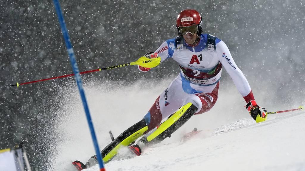 Marco Schwarz gewinnt Nacht-Slalom daheim – Zenhäusern verpasst Podest