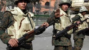 Ägyptische Soldaten im Einsatz (Archiv)