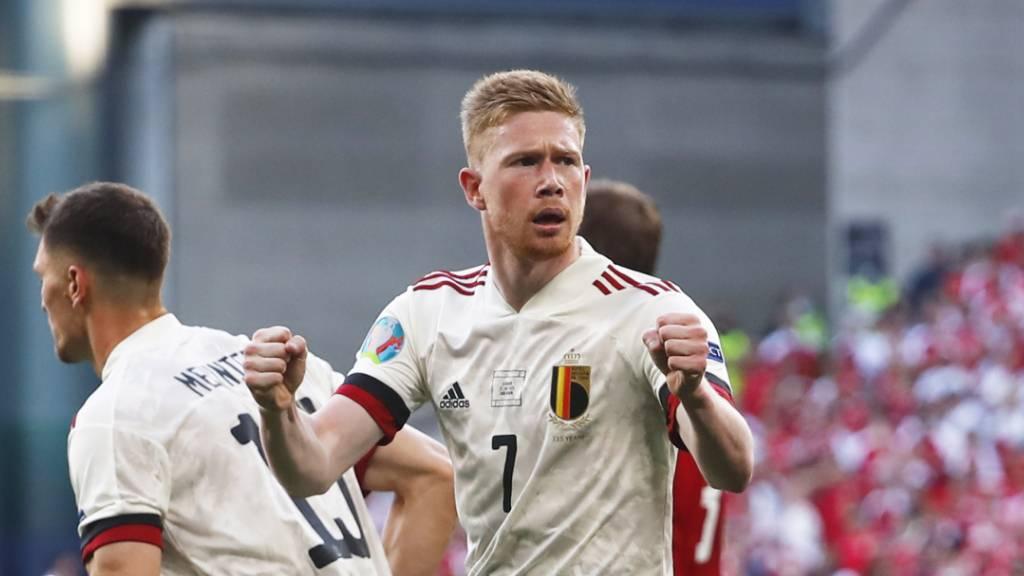 Gedenkpause für Eriksen – Sieg für Belgien