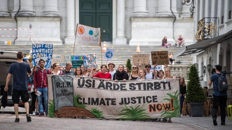 Im letzten Jahr demonstrierten Schülerinnen und Schüler regelmässig für mehr Klimaschutz.