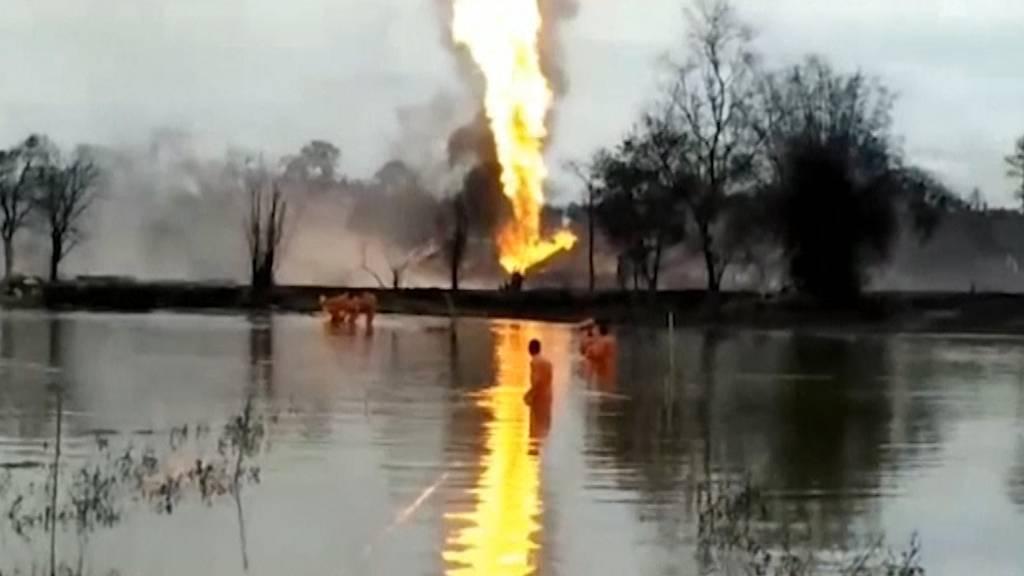 Indien: Zwei Feuerwehrleute sterben bei Ölfeld-Brand