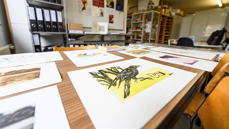 Das Künstler Archiv war zum letzten Mal an seinem alten Standort zu besichtigen. Es wird bis Ende Jahr in die Zivilschutzanlage beim städtischen Werkhof umziehen.