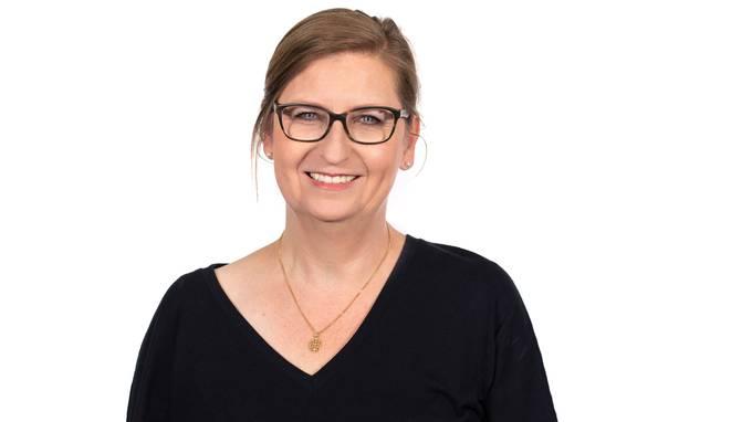 Angela  Müller