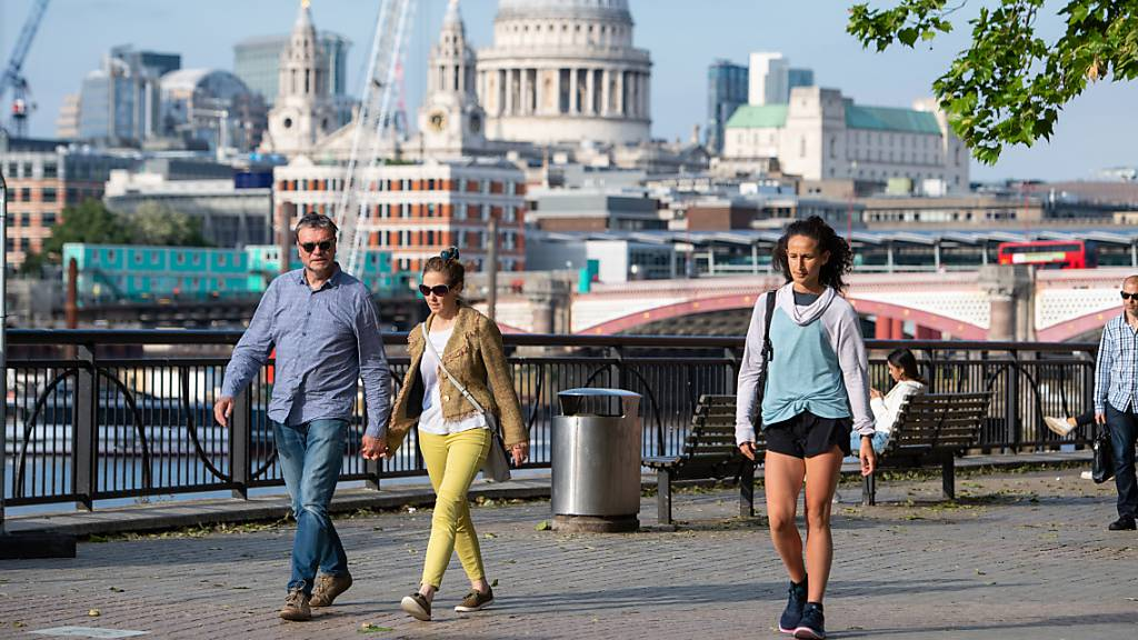 London will Corona-Massnahmen wegen Variante verlängern