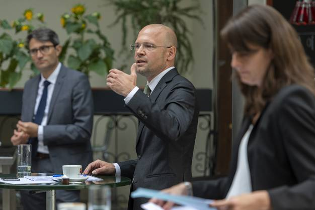 Dürr als Dirigent: Der PR-Fachmann hat einen grossen Teil des bürgerlichen Wahlkampfs gestaltet.