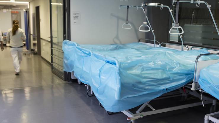 Im Kanton Solothurn steigt die Zahl der an Covid-19 erkrankten Personen, die sich in einem Spital behandeln lassen müssen. (Symbolbild)