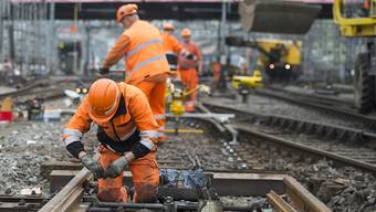 Nach den drei Zugentgleisungen untersucht die SBB den Zustand der Gleise. Philippe Gauderon, Leiter Infrastruktur bei der SBB, nimmt Stellung.