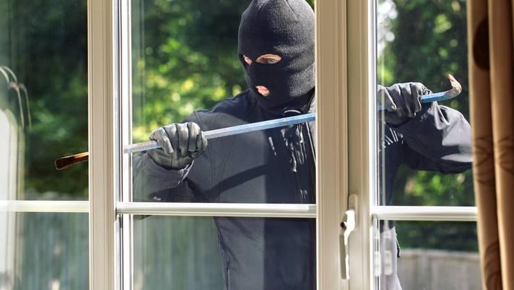 In den kommenden Sommerferien herrscht Hochsaison für Einbrecher (Symbolbild)